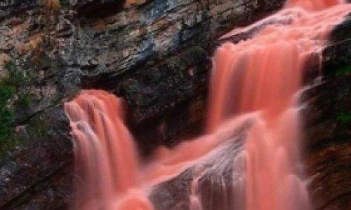 Кровавый водопад раскрывает свои…