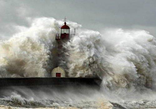 Альтернативой атомному оружию могла стать бомба-цунами