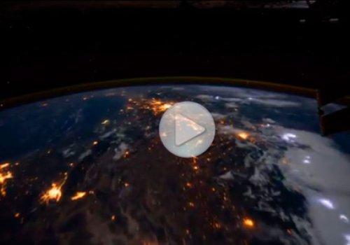 Земля с МКС в ночи