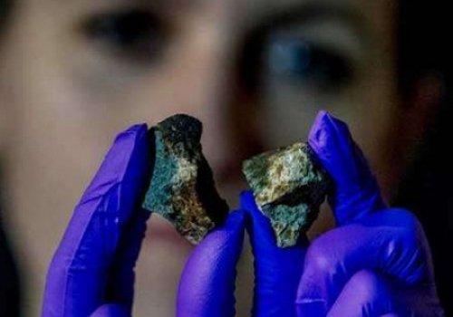 НАСА будет добывать полезные ископаемые на метеоритах