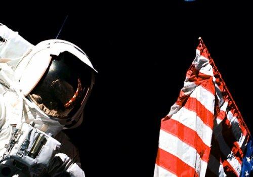 Почему американцы перестали летать на Луну?