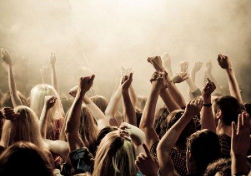 Появилась теория, благодаря которой можно предугадать поведения толпы