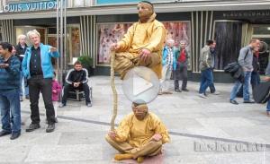 Левитация монаха
